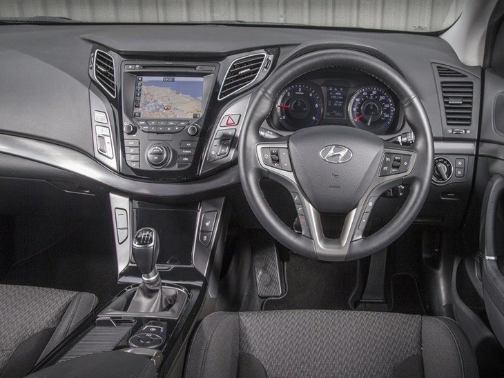 Hyundai i40 Saloon Black Interior