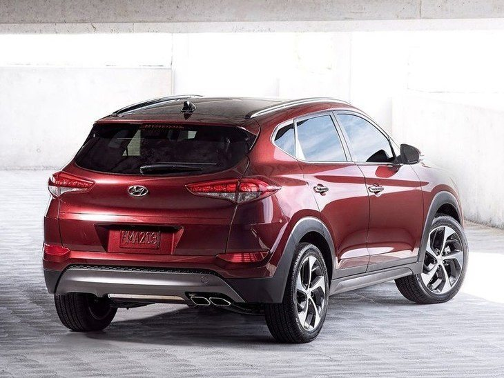 Hyundai Tucson Red Exterior Back2