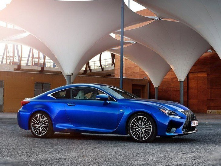 Lexus RC F Coupe Blue Exterior Side