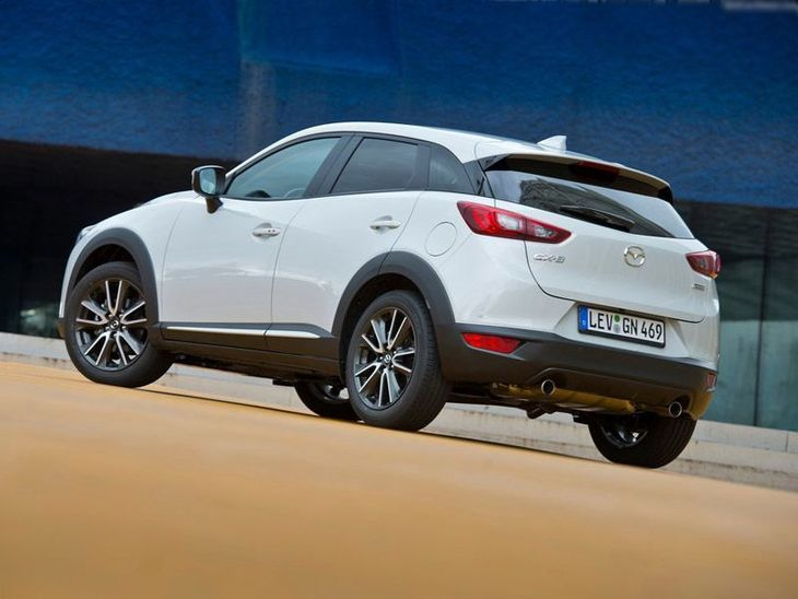Mazda CX 3 Exterior White Back