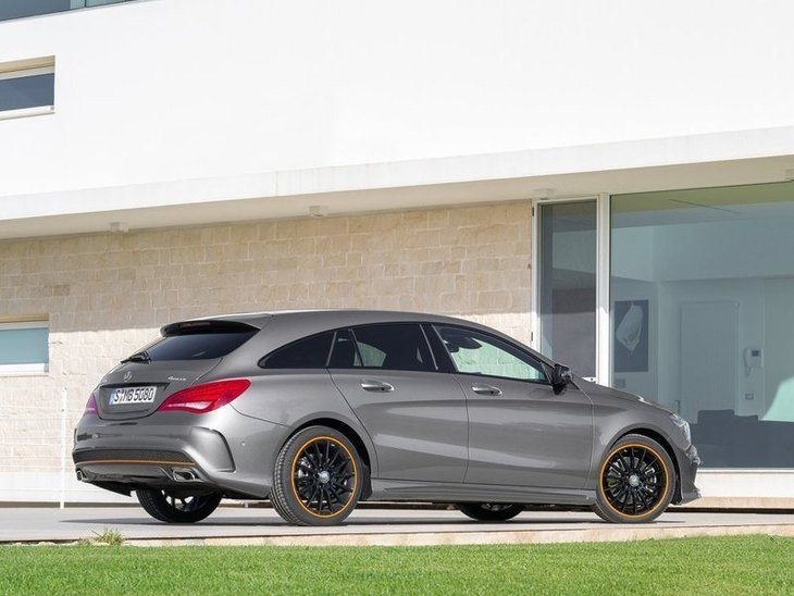Mercedes Benz CLA Shooting Brake Exterior Silver Back