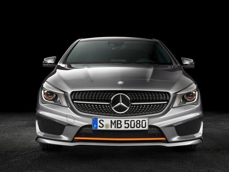 Mercedes Benz CLA Shooting Brake Exterior Silver Front 3