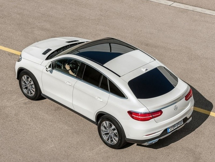 Mercedes Benz GLE Coupe Exterior White Top back