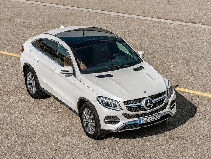 Mercedes Benz GLE Coupe Exterior White Top