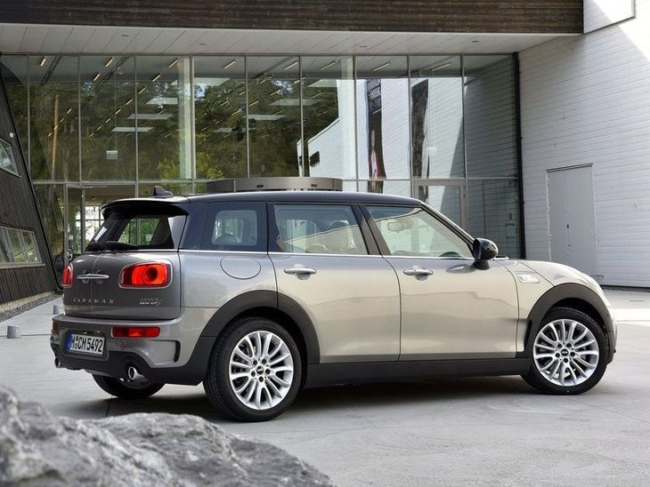 Mini Clubman Grey Exterior Back