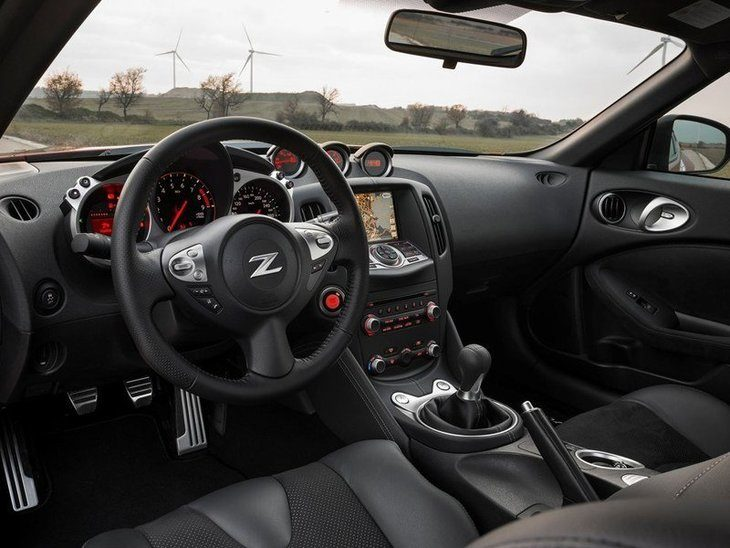 Nissan 370Z Black Interior