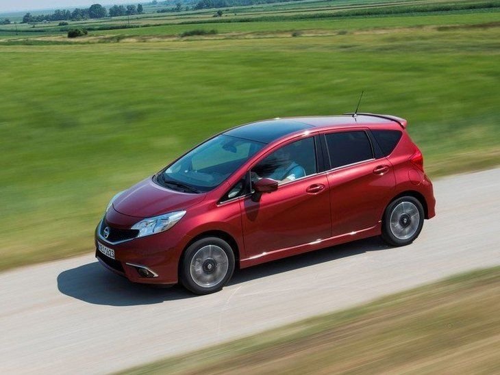 Nissan Note Red Exterior Top