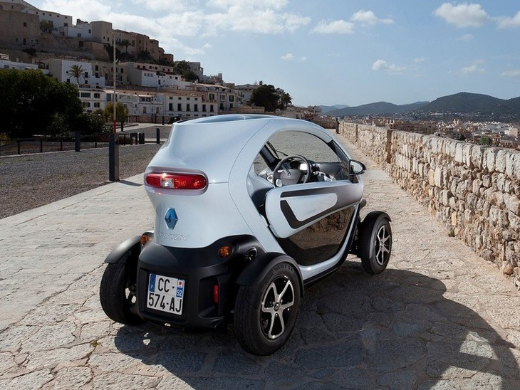 renault twizy 13kw dynamique auto car leasing nationwide vehicle contracts. Black Bedroom Furniture Sets. Home Design Ideas
