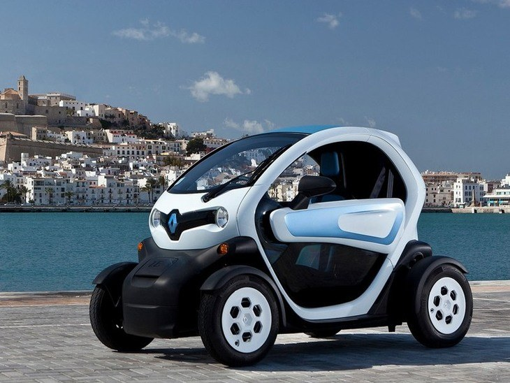 Renault Twizy Black Exterior Front 2