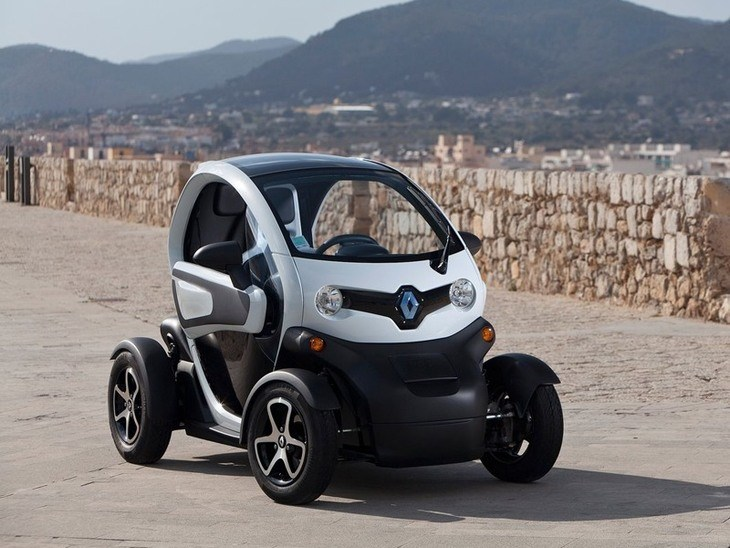 Renault Twizy Black Exterior Front