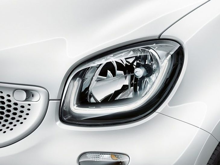 Smart Forfour Hatchback White Exterior