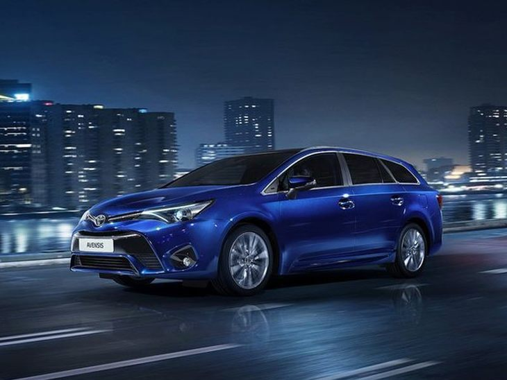 Toyota Avensis New Model Blue Exterior Front