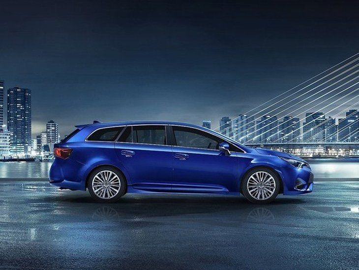 Toyota Avensis New Model Blue Exterior Side