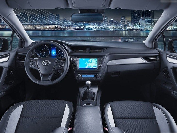 Toyota Avensis New Model Interior