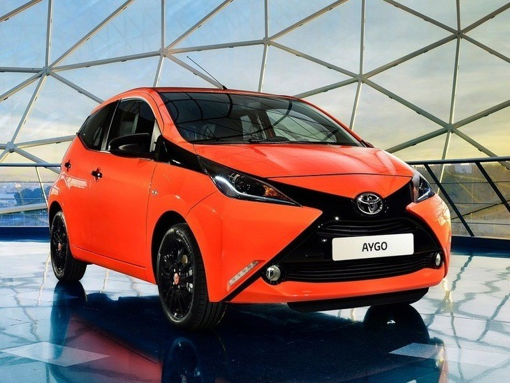 toyota aygo 1 0 vvt i x play 5 door x touch x shift car leasing nationwide vehicle contracts. Black Bedroom Furniture Sets. Home Design Ideas