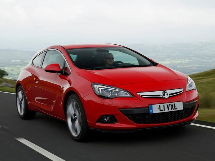 Vauxhall GTC Red Exterior Front2