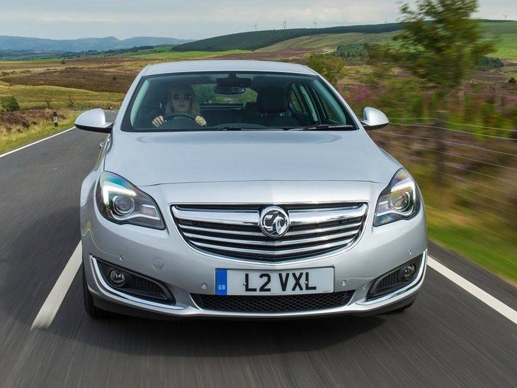 Vauxhall Insignia Silver Exterior Front2