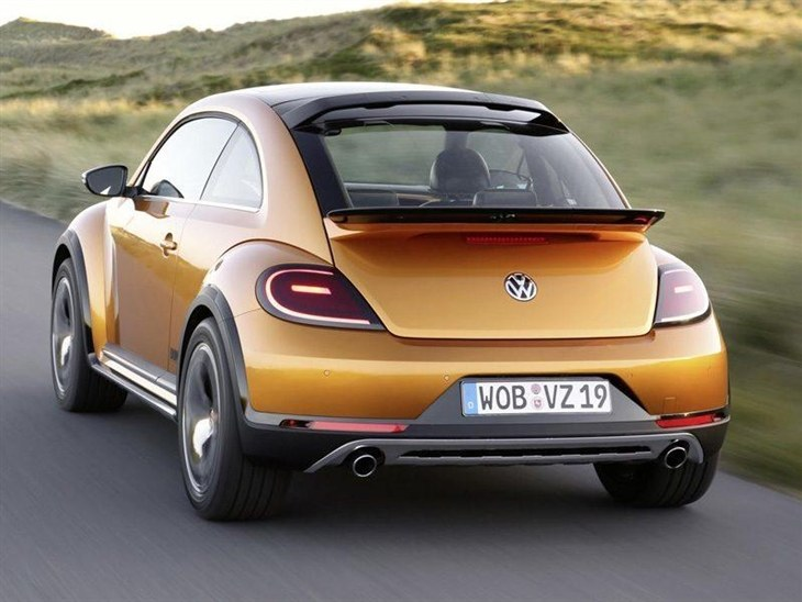 Volkswagen Beetle Yellow Exterior Back 3