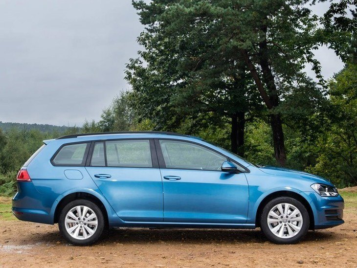 Volkswagen Golf Estate Blue Exterior Side