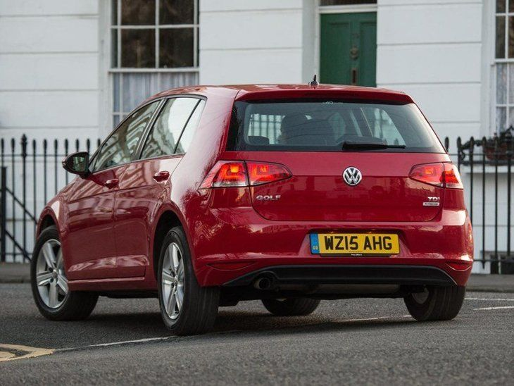Volkswagen Golf Red Exterior Back