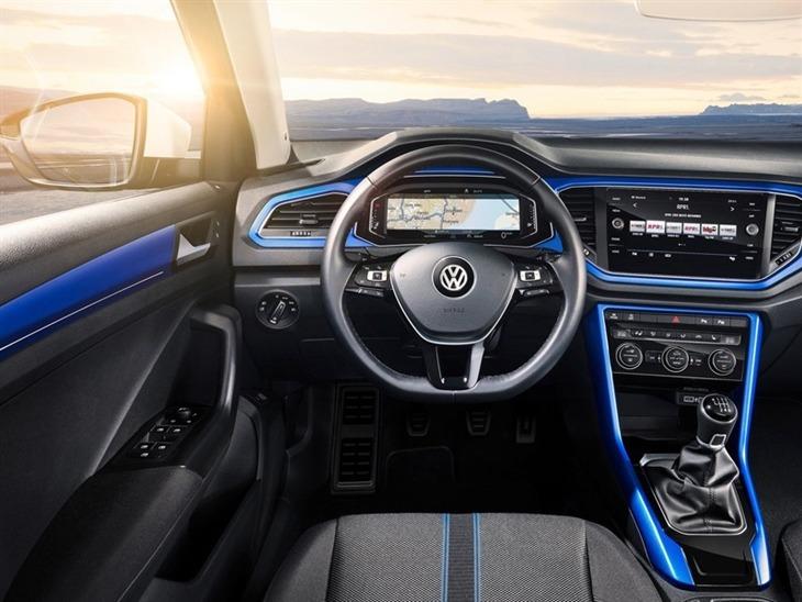 Volkswagen t roc 1 0 tsi se car leasing nationwide for Interior volkswagen t roc