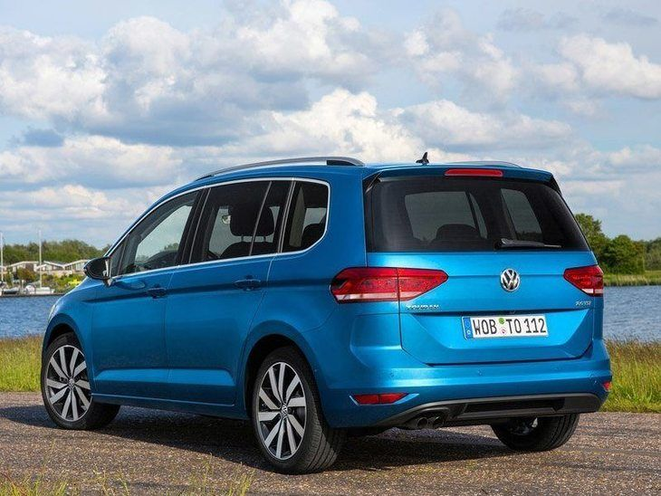 Volkswagen Touran New Model Exterior Blue Back