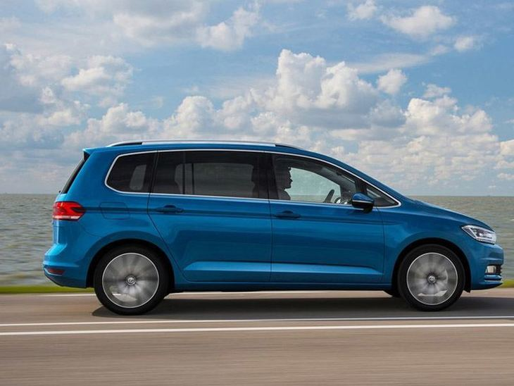 Volkswagen Touran New Model Exterior Blue Side