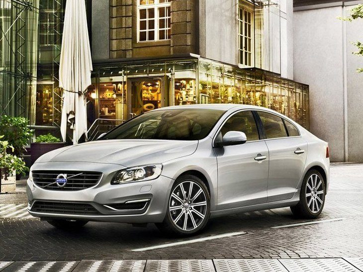 Volvo S60 Exterior Silver Front