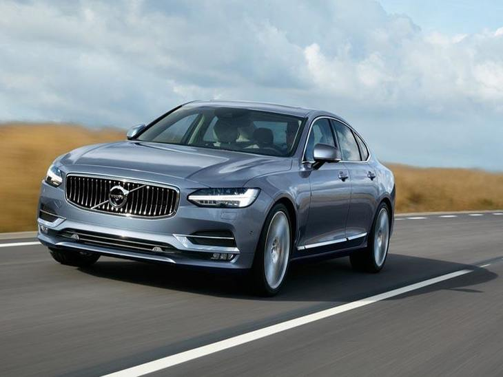 Volvo S90 Blue Exterior Driving