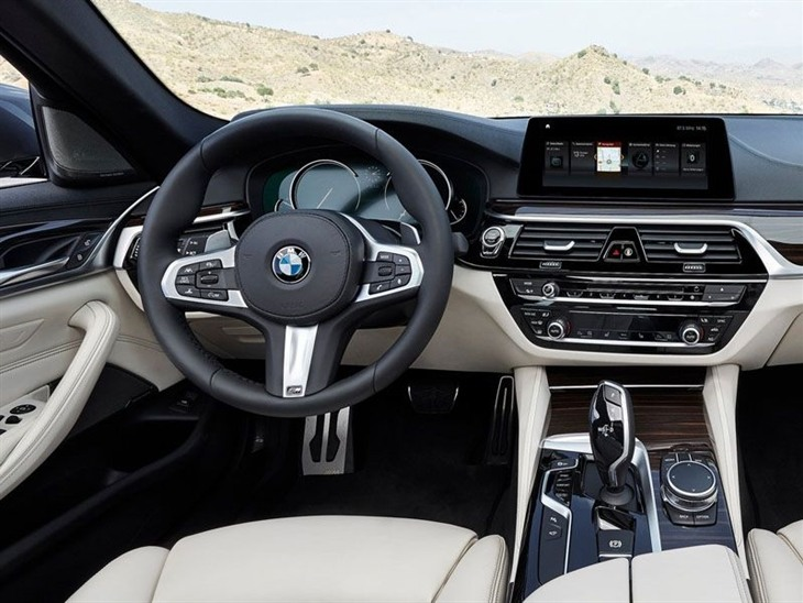 BMW 5 Series Saloon Interior
