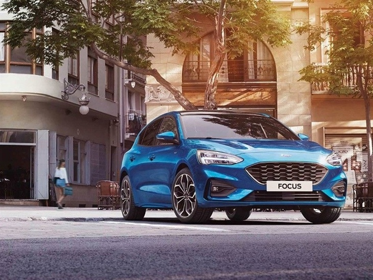 The Front of A Blue 2018 Ford Focus