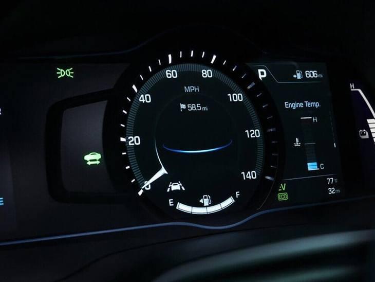 hyundai ioniq electric premium auto car leasing. Black Bedroom Furniture Sets. Home Design Ideas