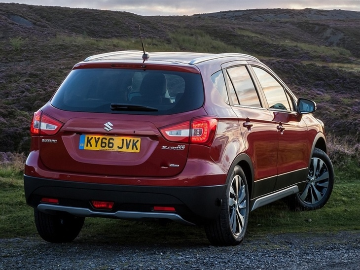 Suzuki SX4 S Cross Exterior Red Back
