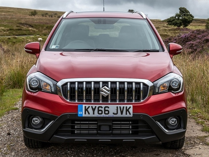 Suzuki SX4 S Cross Exterior Red Front