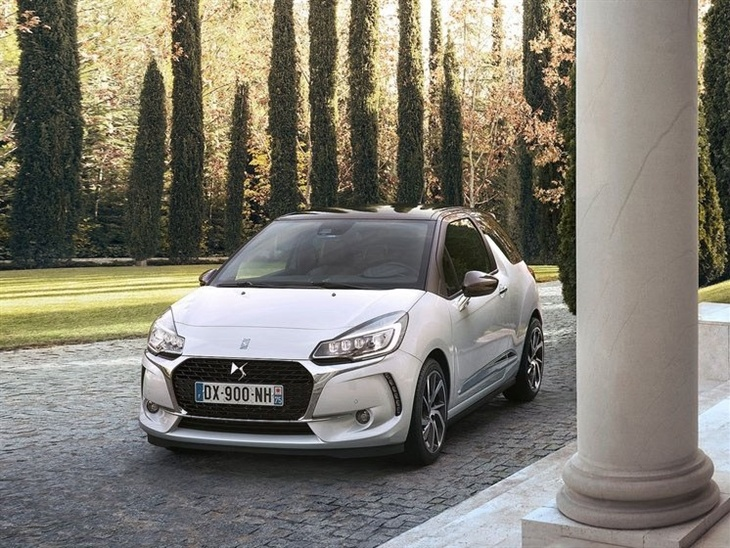 Citroen DS3 New Model White Exterior front 2