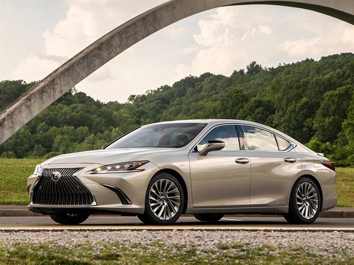 Lexus ES Saloon 300h 2 5 F-Sport CVT (Takumi Pack) | Car Leasing |  Nationwide Vehicle Contracts