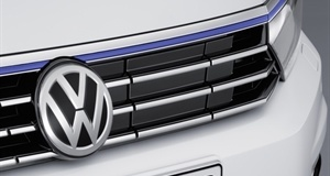 New Volkswagen Passat GTE Plug-In Makes its Debut