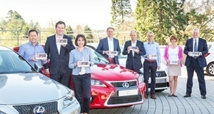 Electric Cars Leading the Way: Lexus Hybrid Tops Auto Express Driver Power Survey