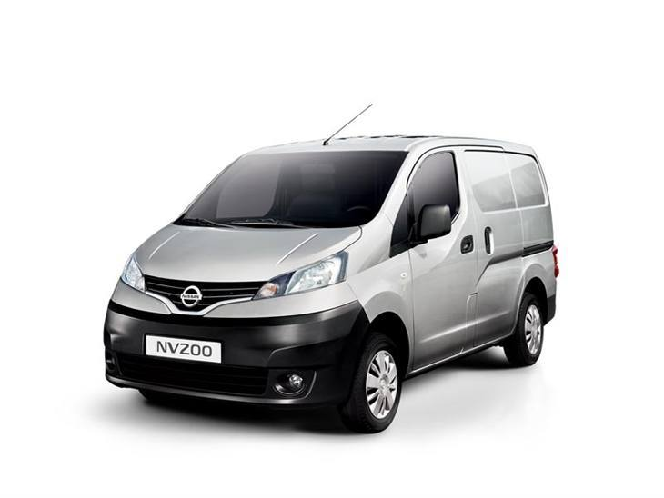 Nissan nv200 silver front